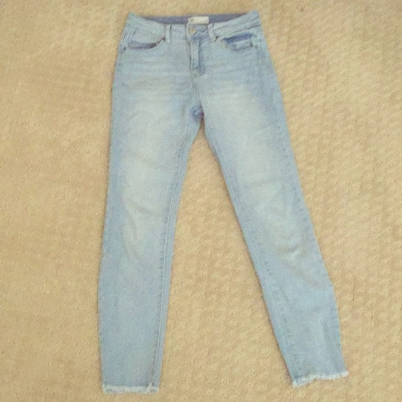 Tilly's Other - Light wash jeans